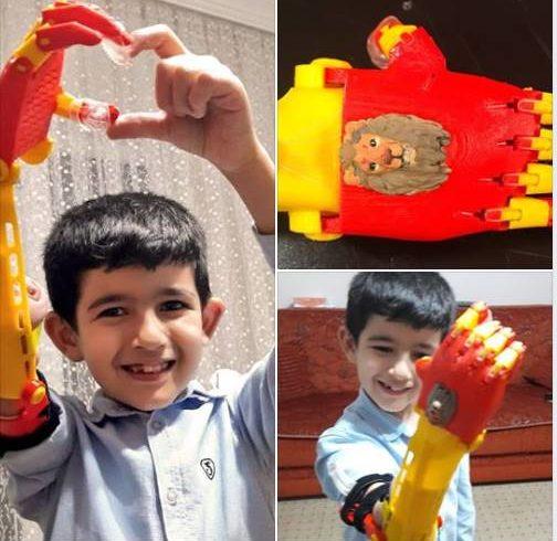 Kerem, #Robotel kardeşimiz. Sarı kırmızı eli gönüllülerimizden Melike Şahinol liderliğinde Maker Atölye'de yapıldı.
