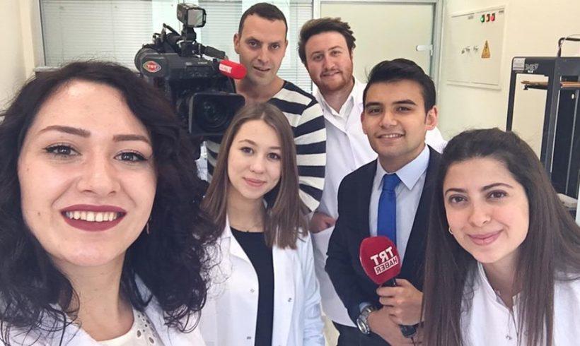 Ankara Üniversitesi Biyomedikal Mühendisliği öğrencileri bitirme projeleri üzerine Trt Haber'e konuştu…