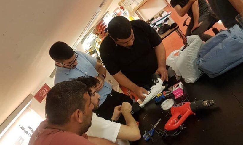 Robotel gönüllülerinden İnfotron 3D ekibi ile Maker Atölye'de de Büşra kardeşimizin elini test ediyoruz. #sosyalfayda için #Teknoloji