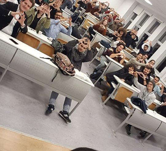 @itu_ieee ekibinin ev sahipliği ile #Robotel @itu1773 bilgilendirme toplantısı yaptık.